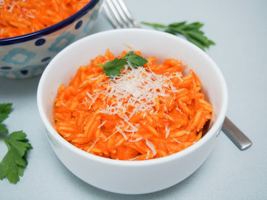 Hidden vegetable pasta sauce for orange orzo #SundaySupper - Caroline's Cooking