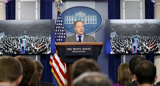 Former press secretaries slam Sean Spicer