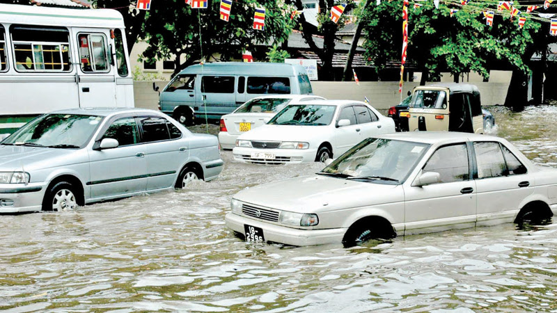 Floods in Colombo. Picture by Wimal Karunathilaka