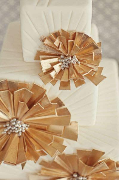 Lorene's blog: I really love the elegance of the damask