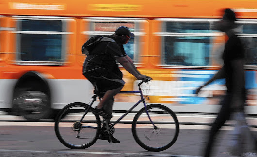 3-foot buffer zones for cyclists to take effect across California