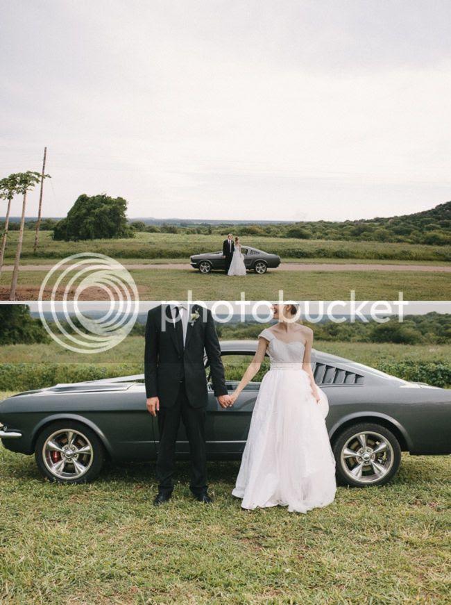 http://i892.photobucket.com/albums/ac125/lovemademedoit/welovepictures%20blog/BushWedding_Malelane_042.jpg?t=1355997329