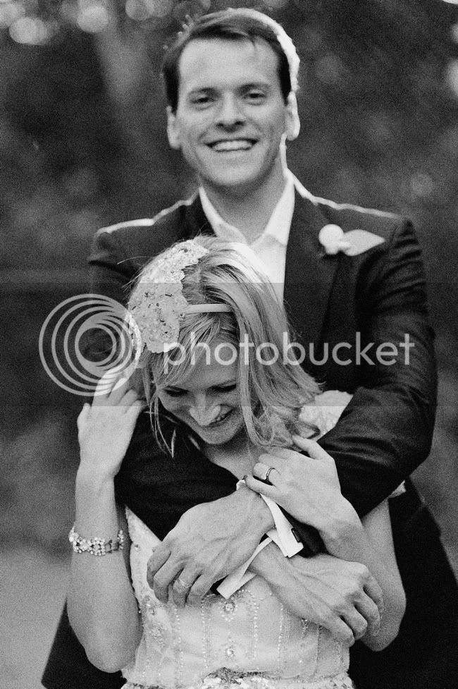http://i892.photobucket.com/albums/ac125/lovemademedoit/welovepictures/CapeTown_Constantia_Wedding_17.jpg?t=1334051152