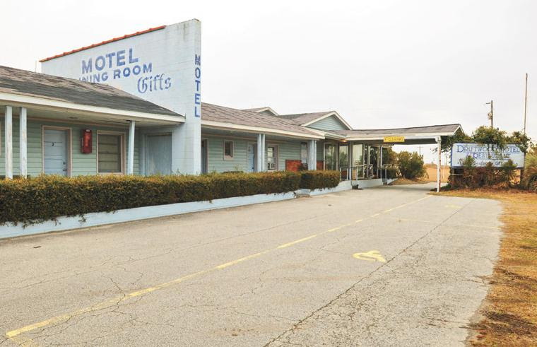 Driftwood Motel and Restaurant closed