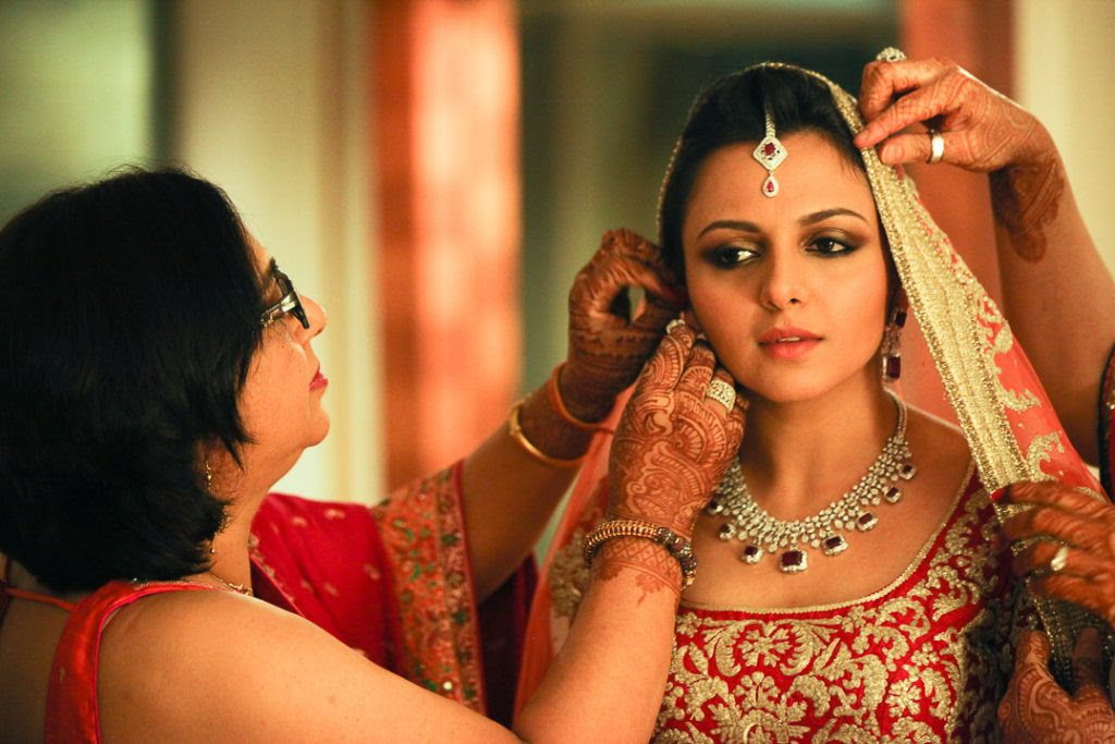 Candid Wedding Pics-Indian Wedding Pictures-Best Photography Websites