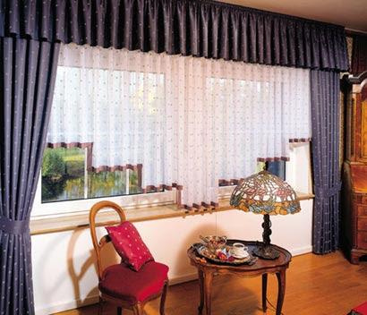fenstergestaltung gardinen wohnzimmer bar n ki isel blo u. Black Bedroom Furniture Sets. Home Design Ideas