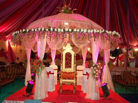 Simple sweetheart stage decorations, wedding stage