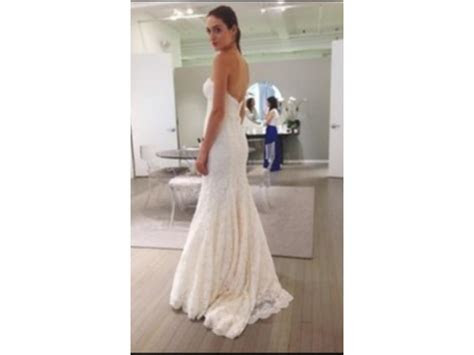 Monique Lhuillier BL1522, $1,900 Size: 10   Sample Wedding