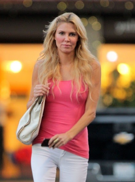 Brandy Glanville Pretty In Pink Spotted With A Mystery Man
