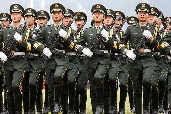 Ejército chino nombra nuevo jefe de Estado Mayor y aparta a aliado de Bo Xilai