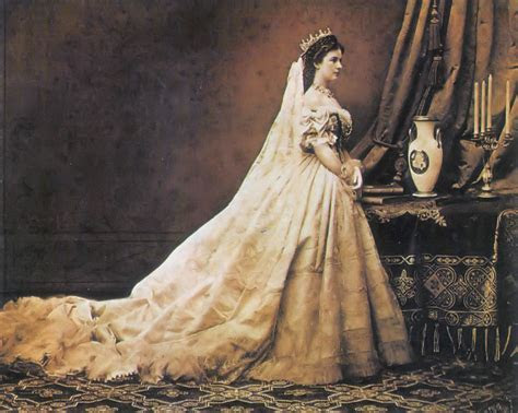 The Beauty Rituals of 19th Century Empress Elisabeth of