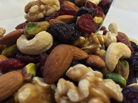Naked Nut Mix