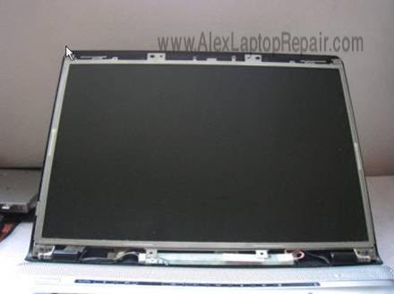 image218 لتكمل الصورة   شرح فك وتركيب أكثر الاجهزة إنتشاراً HP DV6000
