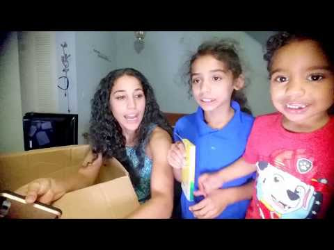 Hollar Box Unboxing with the Kids! Sign up now and get $2!!