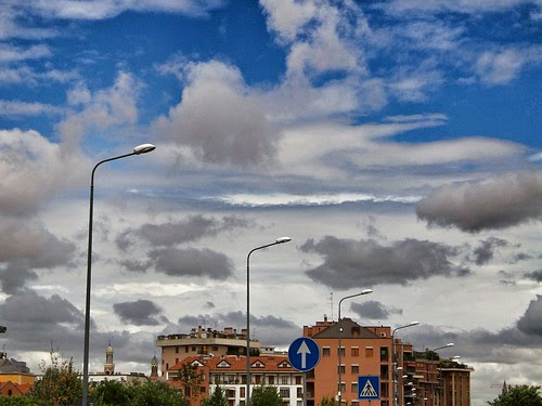 #Nuvole in diversi stratti.. by Ylbert Durishti