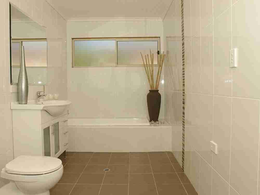 Simple Bathroom Tile