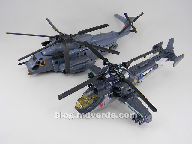 Transformers Skyhammer Voyager - Dark of the Moon - modo alterno vs Blackout