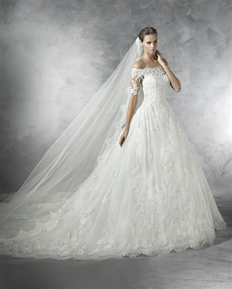 Pronovias Wedding Dresses   Style Pleasant [Pleasant