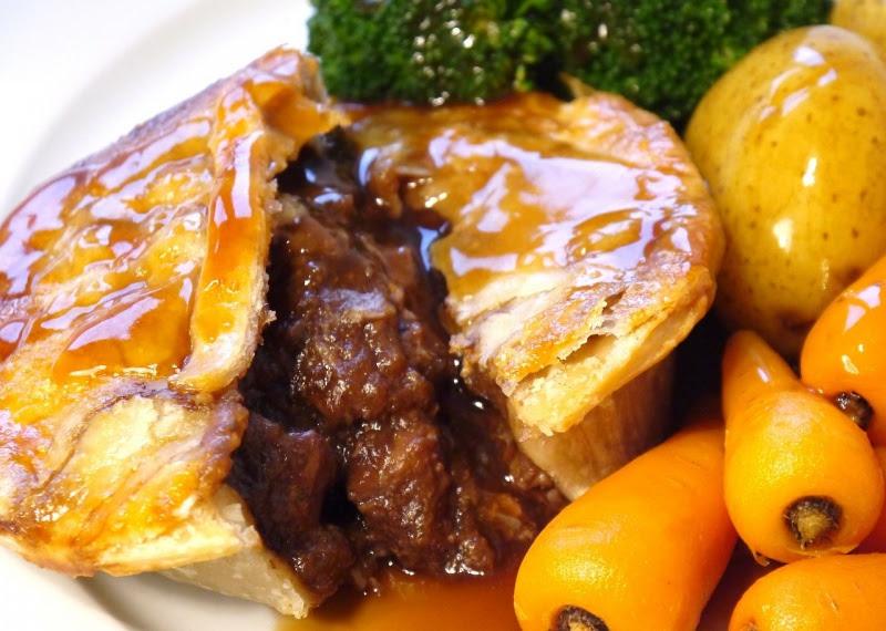 Traditional Steak & Kidney Pie recipe/Hilton Meats