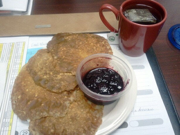 Figure Competition Diet - Breakfast, oatmeal pancakes with blueberry syrup