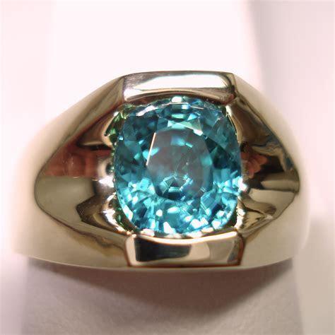 14k Yellow Gold Oval Blue Zircon Mens Ring
