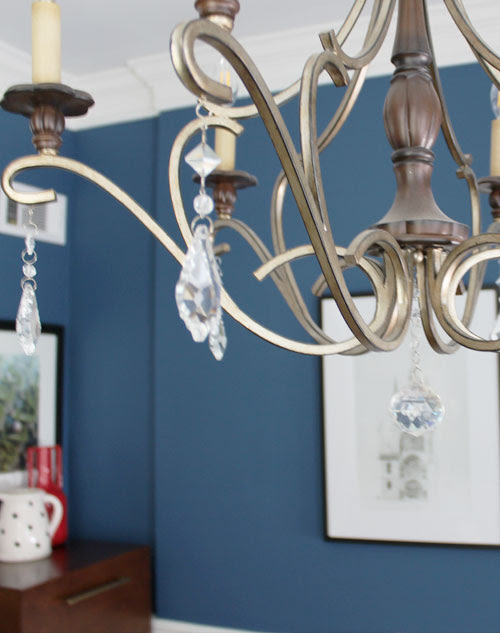 Blue and White Transitional Dining Room Makeover + a White Entryway