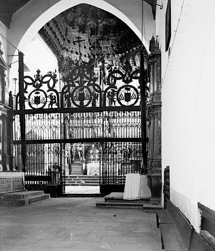 Convento de San Juan de la Penitencia en septiembre de 1907. Fotografía de Petit. Société Française d'Archéologie et Ministère de la Culture (France), Médiathèque de l'architecture et du patrimoine (archives photographiques) diffusion RMN