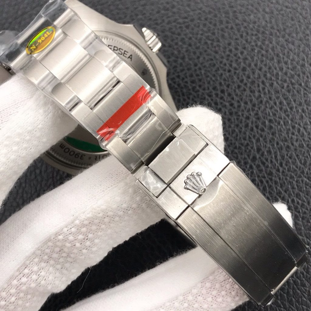 Rolex DEEPSEA 116660 Bracelet