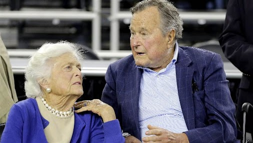 http://bit.ly/2oqMaXM : #HWBush #Pneumonia - George H.W. Bush #hospitalized, treated for pneumonia