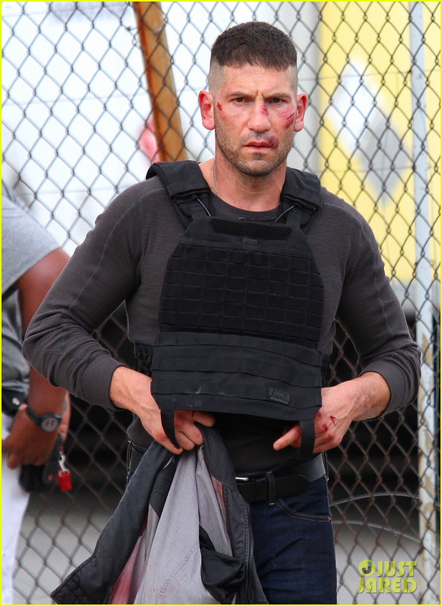 jon bernthal cut up on daredevil set 06