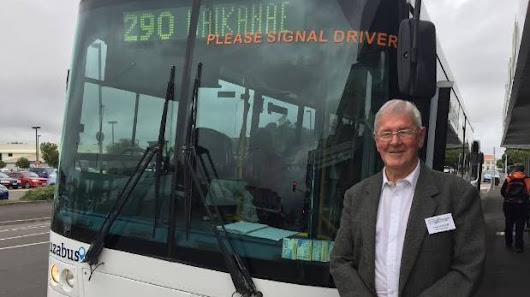 Hundreds of pensioners ride new Levin to Waikanae bus service