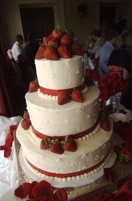 67 best images about wedding cake on Pinterest   Safari