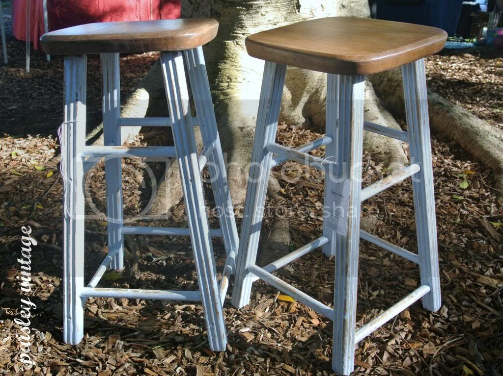 photo barstools_zps67bfc51f.jpg