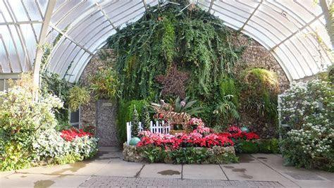 Detroit Wedding Venues: Anna Scripts Whitcomb Conservatory