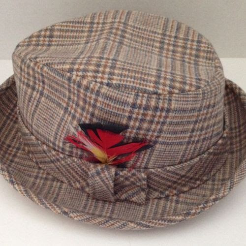 Vintage Pendleton Wool Hat Mens Size 7 1/8 Fedora Pure Woolen Plaid w Feather