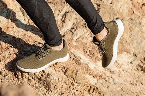 baubaxs organic travel shoes  designed  man  produced  nature coconut bamboo