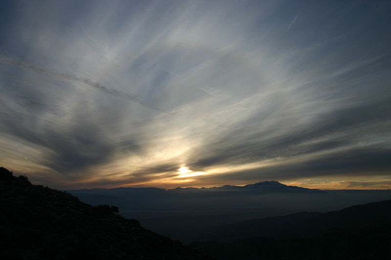 File:Sunset Solar Halo at Keys View of Joshua Tree National Park.jpg