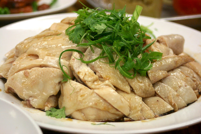 White steamed chicken