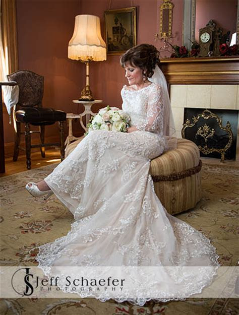 Wiedemann Hill Mansion wedding photographs Elizabeth & Mark
