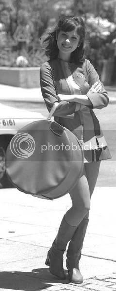 60s zooey deschanel