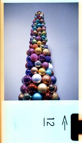 bauble tree by pho-Tony