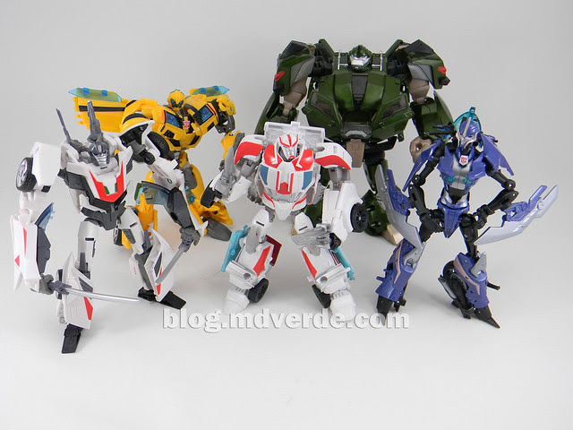 Transformers Ratchet Deluxe - Prime RID - modo robot vs otros Transformers Prime