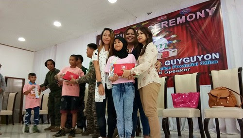 Sharing The Love to Kids in Marawi City Through A Mommy Bloggers Blog Campaign and Nutri10 Plus Syrup Vitamins