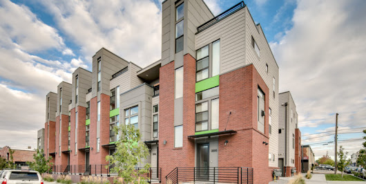 Blake Street Townhouse – RiNo | Denver Apartments Boutique