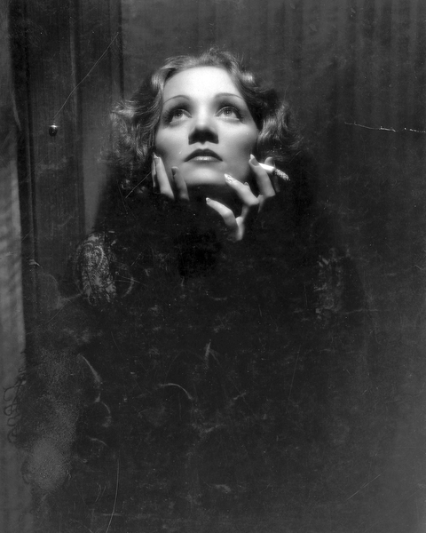 File:Marlene Dietrich in Shanghai Express (1932) by Don English.png