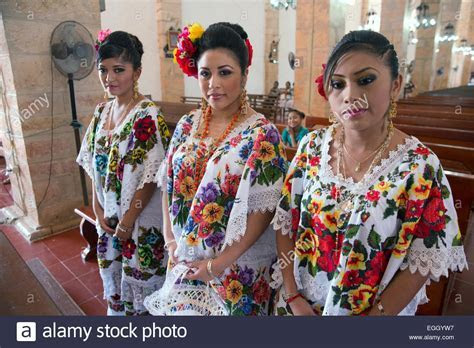 Brides maids in traditional dress, Mayan wedding, Tekax