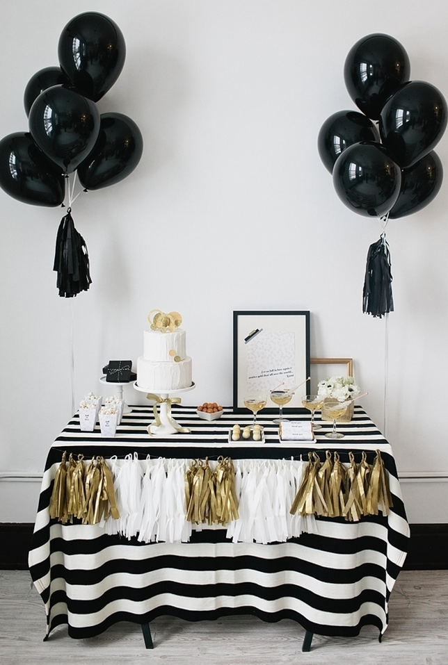 Lovely Black And Gold Party Theme Ideas