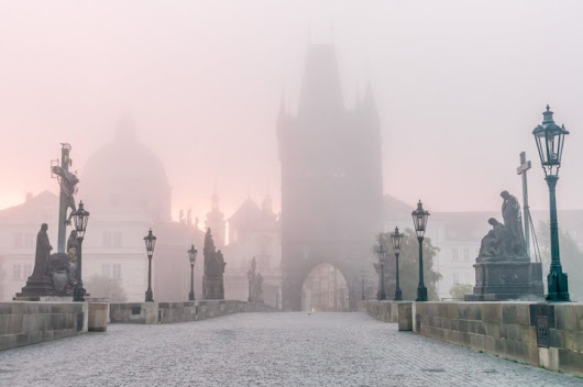 European Transportation | Taxi, Transfers, Shuttle  » Is a photo of the Prague Charles Bridge worth 250 000 CZK?