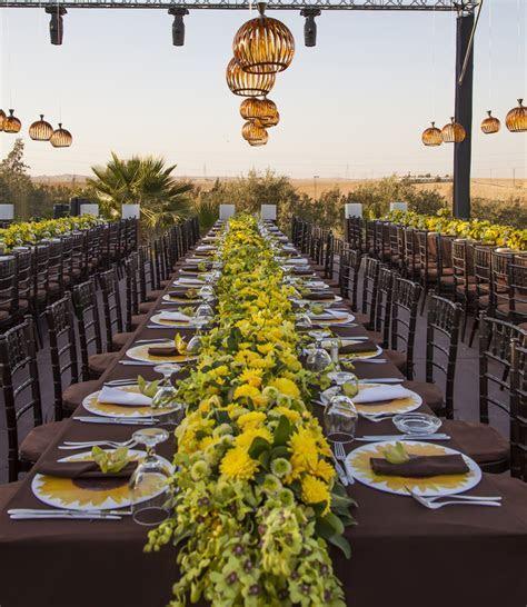 So Summery and Sweet! A Sunflower Wedding Theme   Arabia