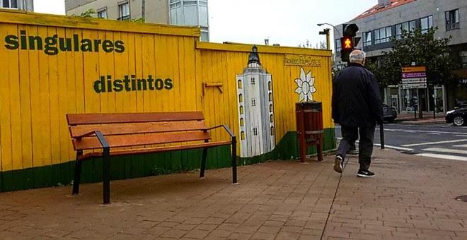 Lema de Alternativa dos Veciños en una pintada en la localidad de Santa Cruz. JUAN OLIVER
